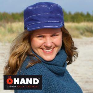 Handsydd vinterkeps i recyclad textil från ÖHAND
